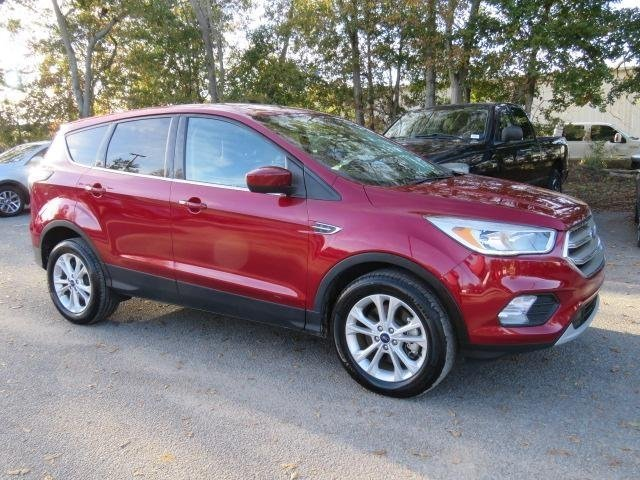 Photo 2017 Ford Escape SE - Ford dealer in Amarillo TX  Used Ford dealership serving Dumas Lubbock Plainview Pampa TX