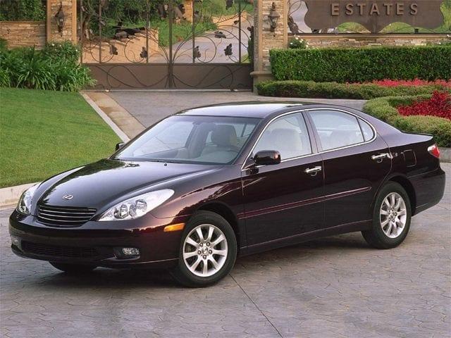 Photo Used 2002 LEXUS ES 300 Base Sedan For Sale Leesburg, FL