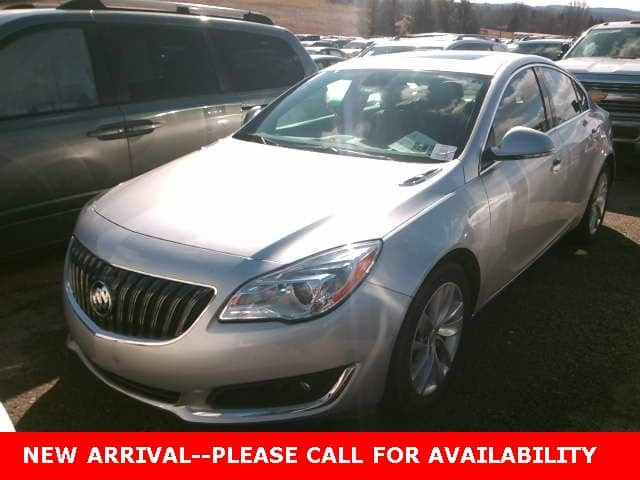 Photo Used 2015 Buick Regal Turbo Sedan AWD for Sale in Stow, OH