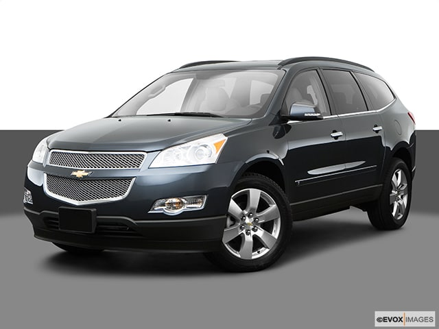 Photo Pre-Owned 2009 Chevrolet Traverse LT in Schaumburg, IL, Near Palatine