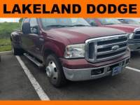 Pre-Owned 2005 Ford Super Duty F-350 DRW Lariat