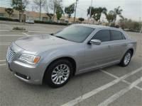 2014 Chrysler 300 Series w/Rearview Camera