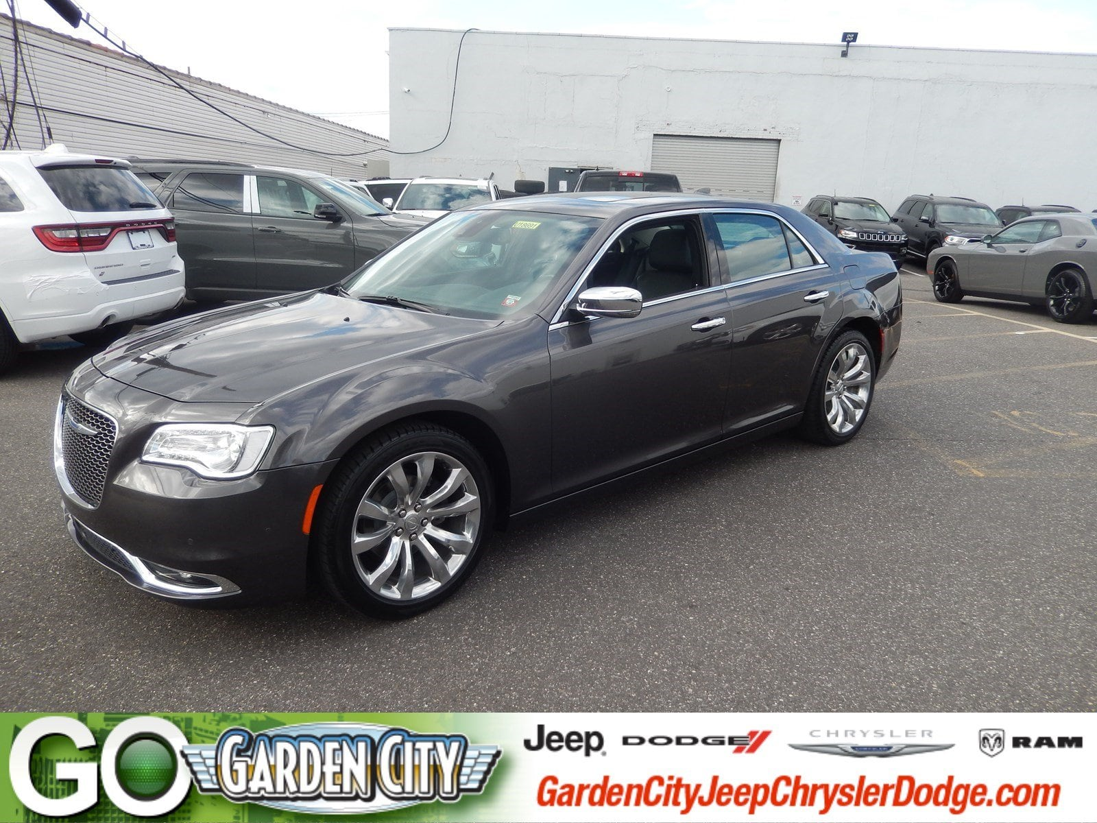 Photo Used 2018 Chrysler 300 Limited Limited RWD For Sale  Hempstead, Long Island, NY