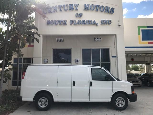 Photo 2008 Chevrolet Express Cargo Van Partition Vinyl Seats 4.3L V6 AC 1 Owner Clean CarFax