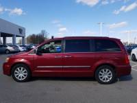 2012 Chrysler Town & Country Wagon