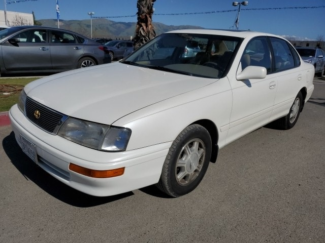 Photo Used 1996 Toyota Avalon XLS for sale in Fremont, CA