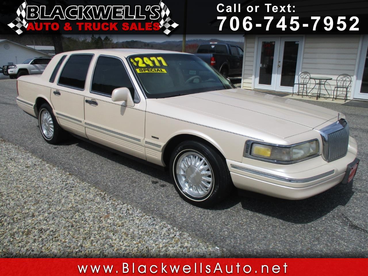 Photo 1996 Lincoln Town Car 4dr Sdn Cartier