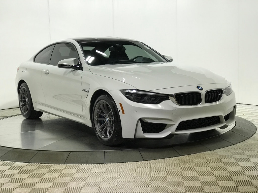 Photo 2018 BMW M4 Base MANUAL EXECUTIVE PACKAGE Coupe for sale in Schaumburg, IL