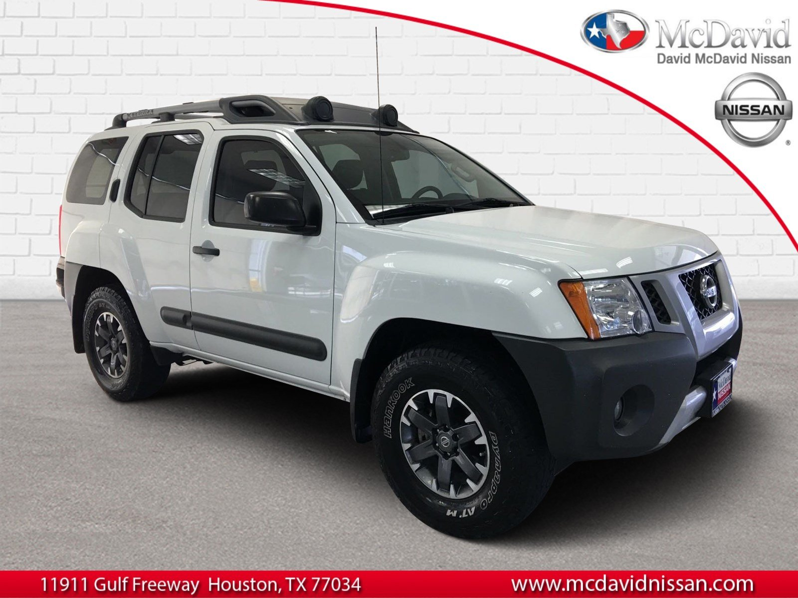 Photo Used 2015 Nissan Xterra For Sale at David McDavid Nissan  VIN 5N1AN0NW6FN664717