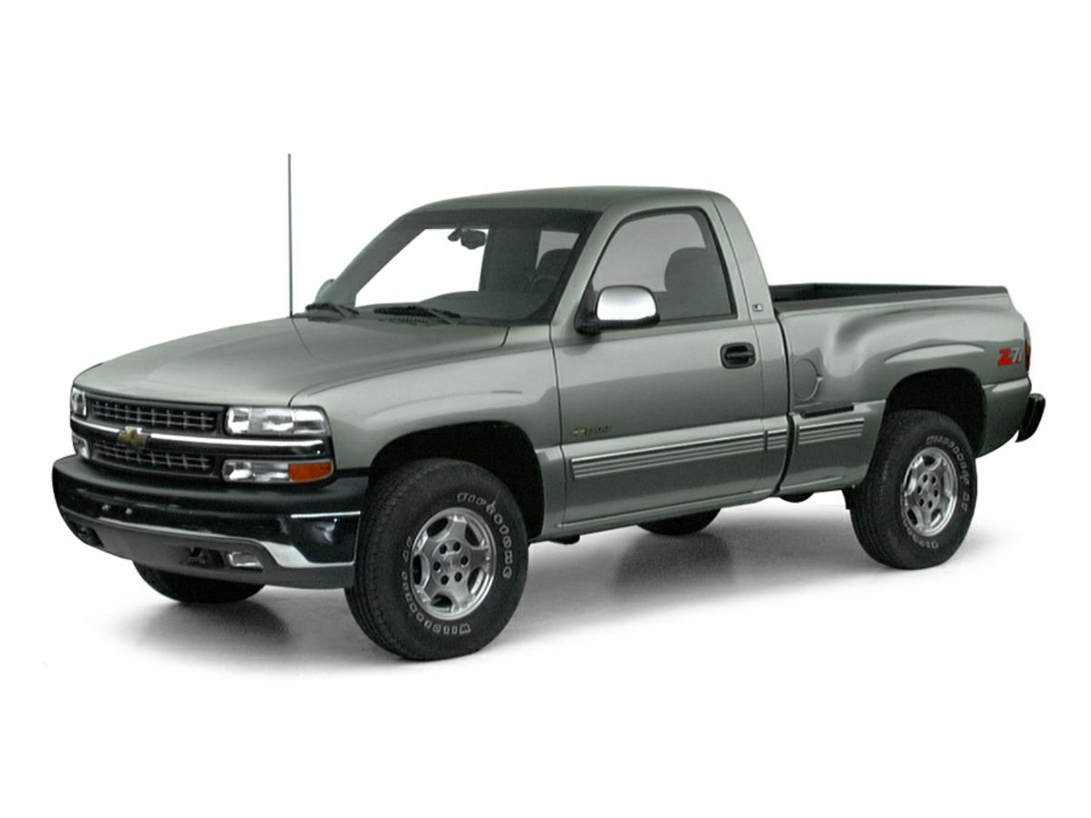 Photo Used 2000 Chevrolet Silverado 1500 LS Truck For Sale Findlay, OH