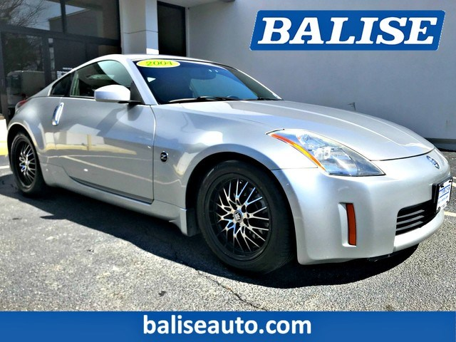 Photo Used 2004 Nissan 350Z Enthusiast for Sale in Hyannis, MA