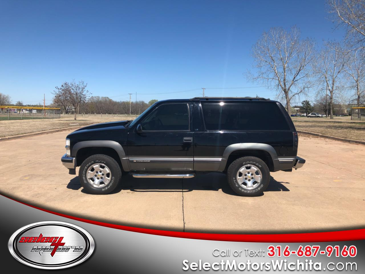 Photo 1999 Chevrolet Tahoe 2dr 4WD