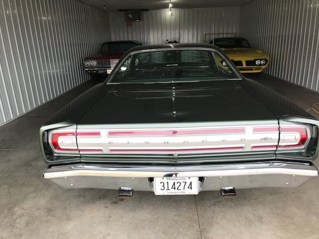 Photo 1968 Plymouth GTX -ORIGINAL ENGINE AND TRANS-4 SPEED-SPECIAL ORDER CAR
