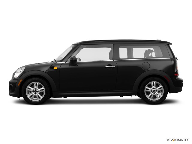 Photo Used 2014 MINI Clubman Cooper Clubman For sale in North Attleboro, Massachusetts