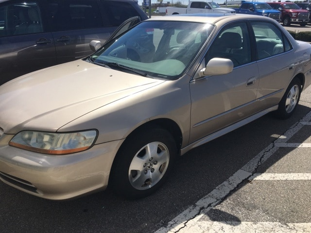 Photo Used 2001 Honda Accord 3.0 EX wLeather For Sale in Monroe OH