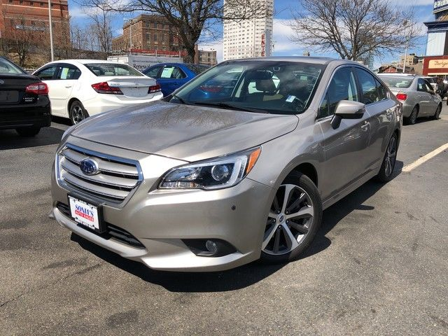 Photo 2016 Subaru Legacy 3.6R Limited