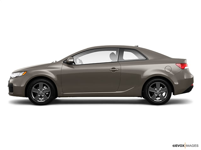 Photo Used 2010 Kia Forte Koup For Sale in St. Cloud, MN