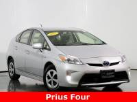 Pre-Owned 2015 Toyota Prius Two FWD 5D Hatchback