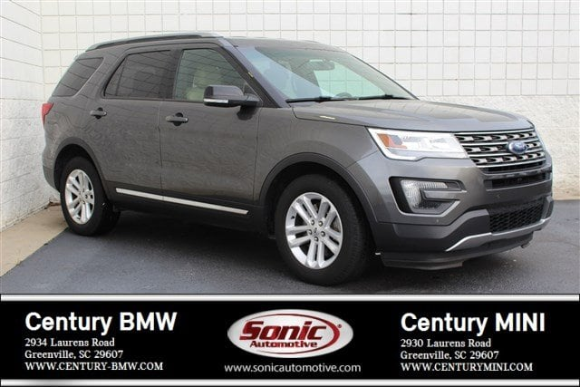 Photo Pre-Owned 2016 Ford Explorer XLT SUV in Greenville, SC