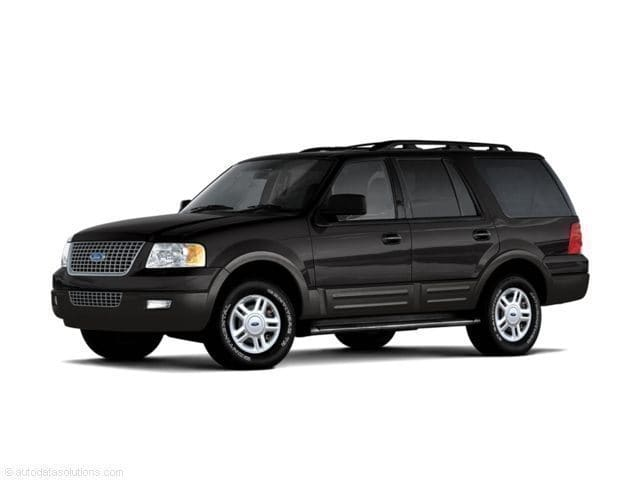 Photo Used 2005 Ford Expedition SUV 4x4 in Klamath Falls
