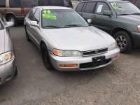 1996 Honda Accord DX 4dr Sedan