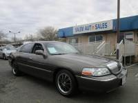 2004 Lincoln Town Car SUNROOF - LEATHER SEATS - V8 - RWD - LOW MILEAGE -