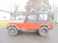 1995 Jeep Wrangler 2dr S 4WD SUV