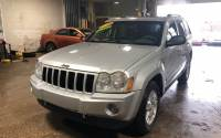 2006 Jeep Grand Cherokee Laredo 4dr SUV 4WD w/ Front Side Airbags