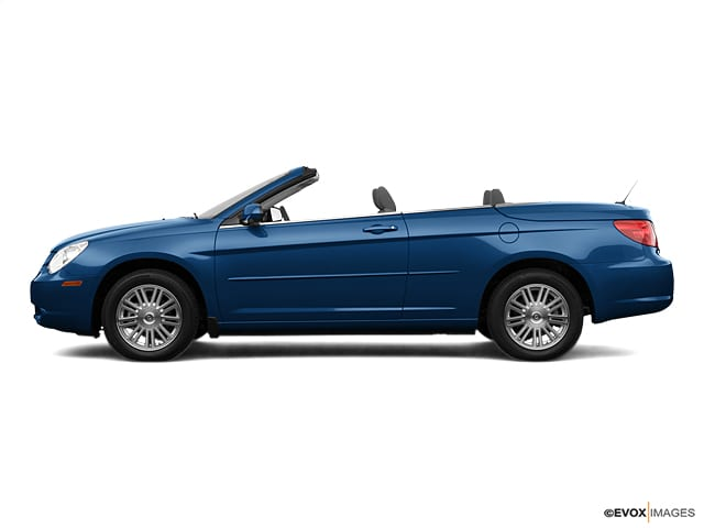 Photo Used 2008 Chrysler Sebring 2dr Conv Touring FWD in Ames, IA