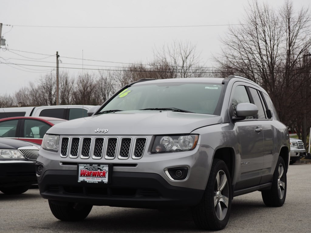 Photo Certified Pre-Owned 2016 Jeep Compass High Altitude 4x4 High Altitude SUV in Warwick near Ramsey, NJ