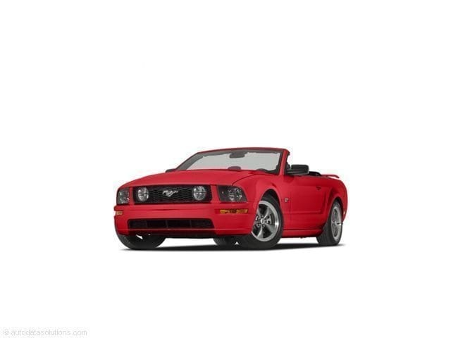 Photo Used 2005 Ford Mustang GT Premium Convertible for sale in Midland, MI