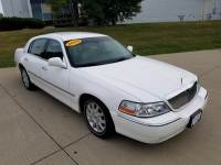 2009 Lincoln Town Car Signature Limited 4dr Sedan