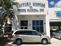 2005 Chrysler Town & Country Limited Heated Leather Seats Stow-N-Go CD DVD NAVIGATION