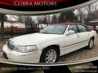2004 Lincoln Town Car Ultimate 4dr Sedan