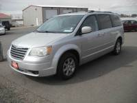 2010 Chrysler Town and Country Touring 4dr Mini-Van