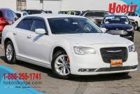 2016 Chrysler 300 Limited w/ Navigation & Beats Audio Group