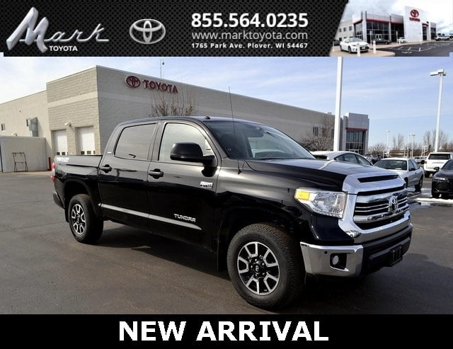 Photo Certified Pre-Owned 2016 Toyota Tundra SR5 CrewMax 5.7L V8 4x4 wTRD Off Road Package  S Truck in Plover, WI