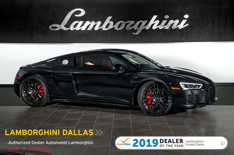 Photo Used 2018 Audi R8 V10 Coupe RWS For Sale Richardson,TX  Stock 19L0155A VIN WUABAAFX8J7902410