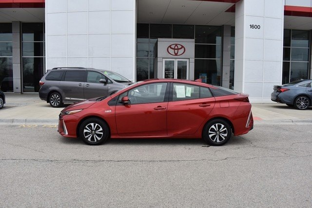 Photo Used 2018 Toyota Prius Prime Premium For Sale Streamwood, IL