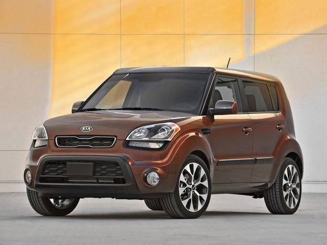 Photo Used 2012 Kia Soul Base Hatchback FWD for Sale in Stow, OH