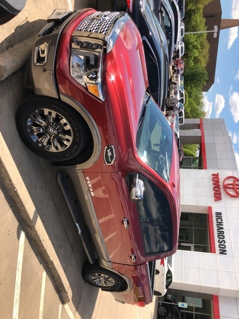 Photo 2017 Nissan Titan Platinum Reserve Truck Crew Cab 4x2 4-door
