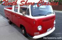 1968 Volkswagen Bus NEW PAINT AND NEW INTERIOR