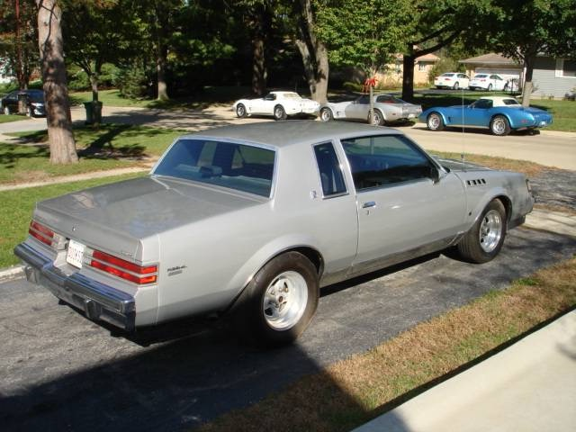 Photo 1987 Buick Regal Turbo T -Silver Bullet
