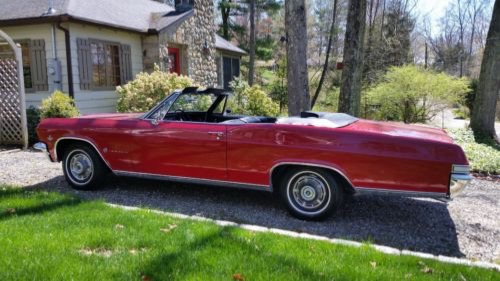 Photo 1965 Chevrolet Impala -VERY NICE RELIABLE CONVERTIBLE WITH 4 SPEED-