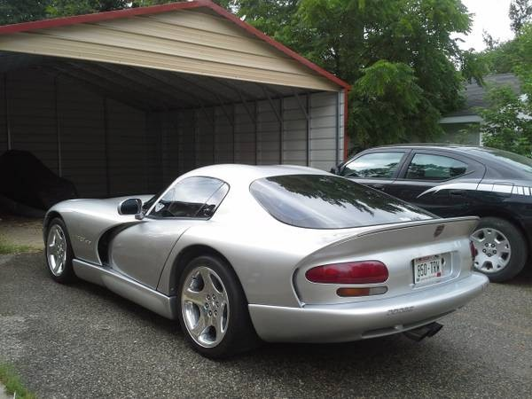 Photo 1999 Dodge Viper GTS-SUPERCHARGED