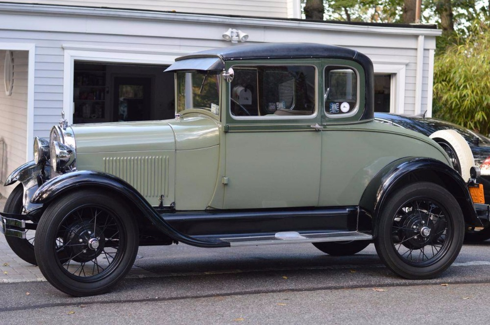 Photo 1929 Ford Model A -5 WINDOW-BODY OFF RESTORED-LIMITED SPECIAL EDITION COUPE-