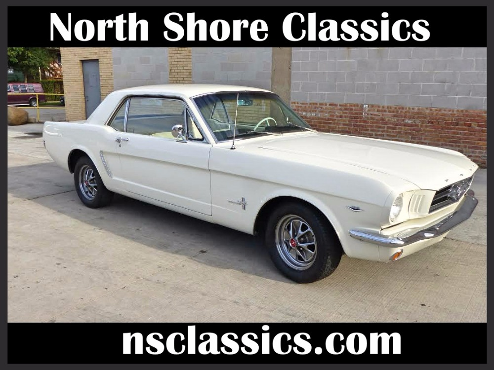 Photo 1965 Ford Mustang - 2016 RESTORED COUPE- 289 V8 - NEW PAINT