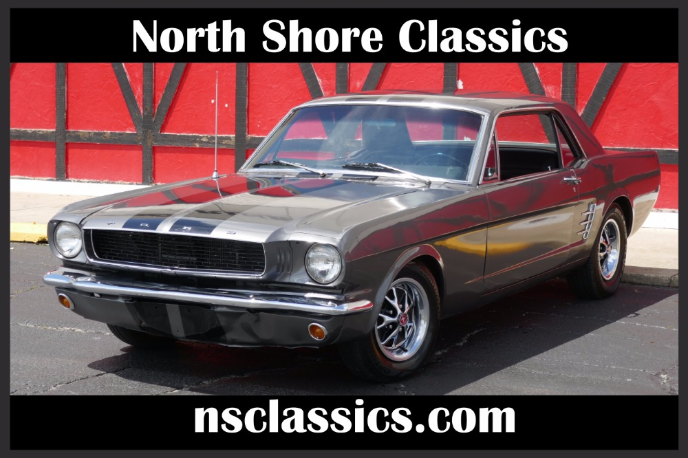 Photo 1966 Ford Mustang -FROM TEXAS-V8 302 ENGINE-SEE VIDEO