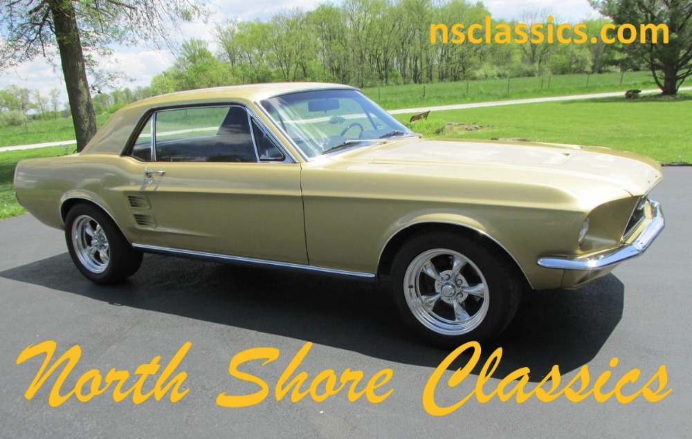 Photo 1967 Ford Mustang - HIGH QUALITY MUSTANG- BLACK HILLS GOLD PAINT-