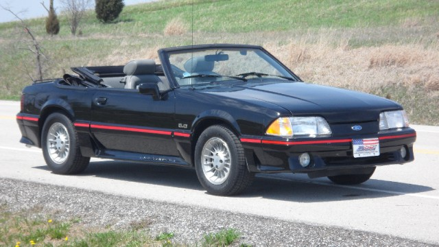 Photo 1988 Ford Mustang GT--New Lower price-SEE VIDEO